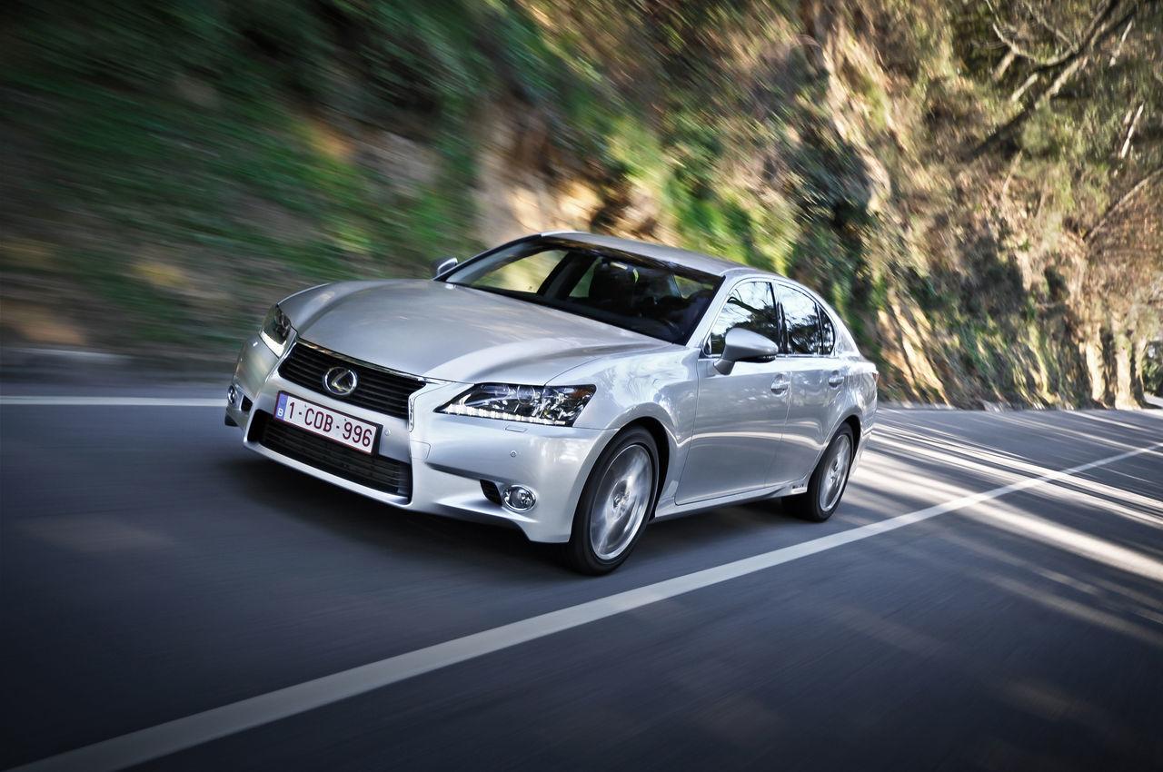 Foto de Lexus GS 450h (2012) (13/62)