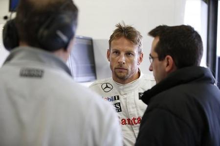 """Jenson Button: """"no hay que preocuparse por Red Bull... de todas formas en la última carrera habrá 50 puntos"""""""