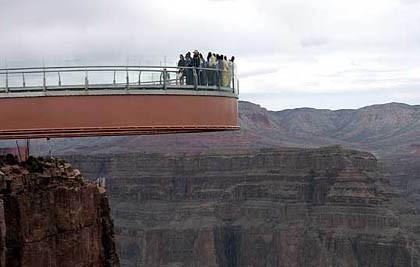 Inaugurada con polémica la pasarela del Gran Cañón