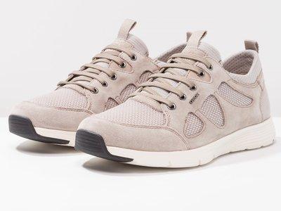 60% de descuento en las  zapatillas Geox Snapish en Zalando. Ahora cuestan sólo 43,95 euros
