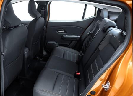 Dacia Sandero Stepway 2021 16