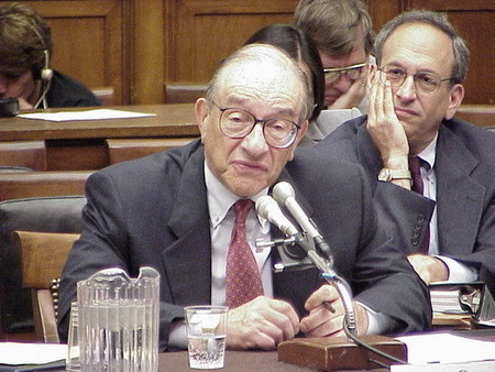 Alan Greenspan no ha aprendido nada de la crisis financiera