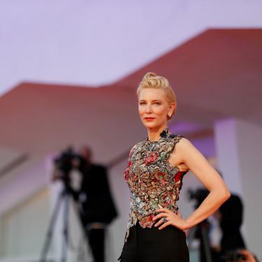 """Festival de Venecia 2020: todos los looks en el segundo día de alfombra roja con una Cate Blanchett deslumbrante en la premiere de """"Lovers"""""""