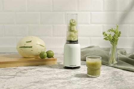 En verano, suma más frutas a tu alimentación: siete batidoras de vaso individuales para preparar riquísimos smoothies