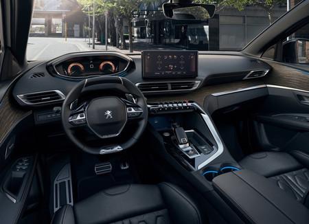 Peugeot 5008 2021 11