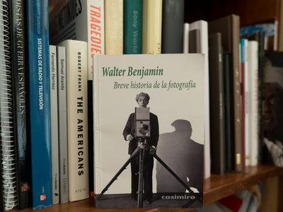 La breve historia y gran aportación fotográfica de Walter Benjamin