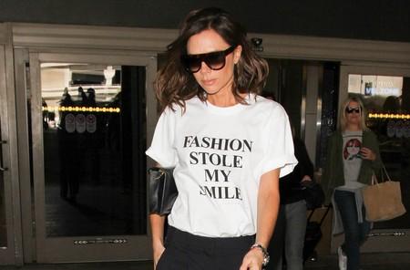 Why so serious? La camiseta de Victoria Beckham explica porque ella jamás sonríe