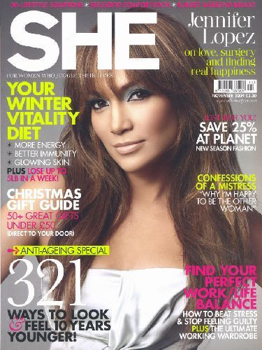 El look en tonos verdes de Jennifer Lopez en SHE