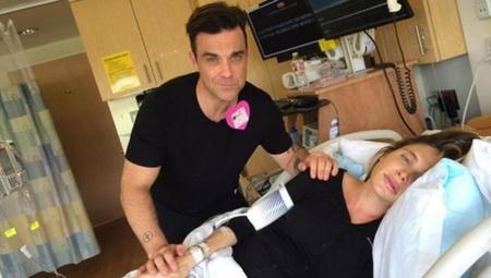 Robbie Williams comparte en Twitter el parto de su mujer