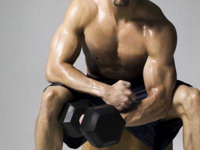 Fortalece tus brazos con los ejercicios más originales y desafiantes