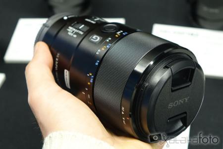 La nueva óptica FE 90 mm F2.8 Macro G OSS de Sony ya está aquí, y esto es lo que nos promete