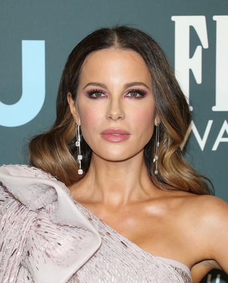 kate beckinsale Critics' Choice Awards 2020