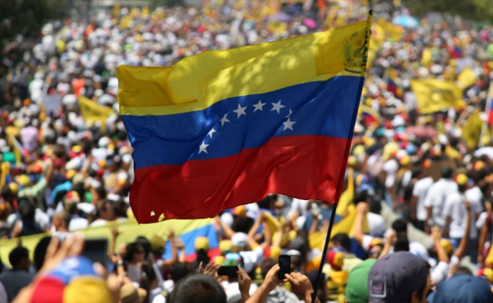 """""""Lo de Venezuela"""" y las identidades de partido en España"""