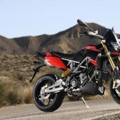 Foto 21 de 103 de la galería aprilia-dorsoduro-1200-mega-galeria-de-fotos-oficiales en Motorpasion Moto