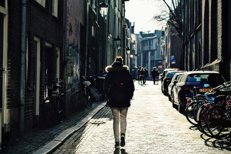 Según científicos estadounidenses tu forma de andar ya no sólo delata tu identidad, también tu estado de ánimo