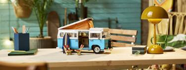 LEGO da la bienvenida al verano con un nuevo (y decorativo) set de la caravana Volkswagen T2