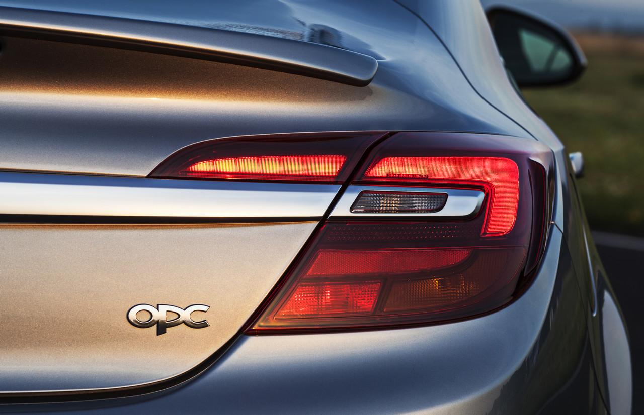 Foto de Opel Insignia OPC 2014 (7/40)