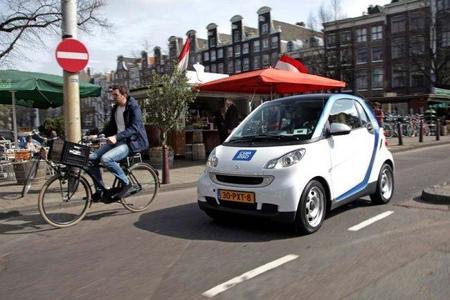Amsterdam y su plan de 750 estaciones de recarga ¿capital eléctrica europea?