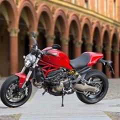 Foto 94 de 115 de la galería ducati-monster-821-en-accion-y-estudio en Motorpasion Moto