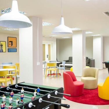 ¡Adiós a los aburridos colegios mayores! Las residencias de estudiantes adaptan su estilo a la Generación Z