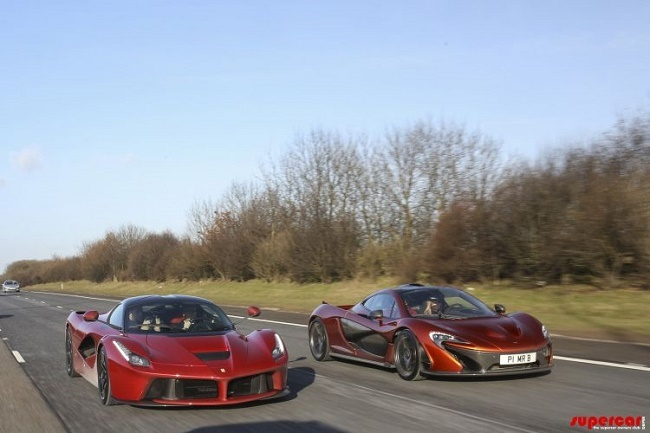 Foto de Ferrari LaFerrari, McLaren P1 y Porsche 918 Spyder (1/10)
