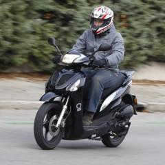 Foto 26 de 53 de la galería mx-motor-c5-125-primer-scooter-de-rueda-alta-de-la-marca-espanola en Motorpasion Moto