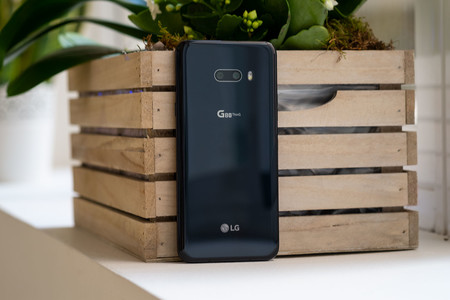 Lg G8x Thinq Trasera 01