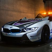 BMW i8 Roadster, saluda al nuevo Safety Car de la Fórmula E