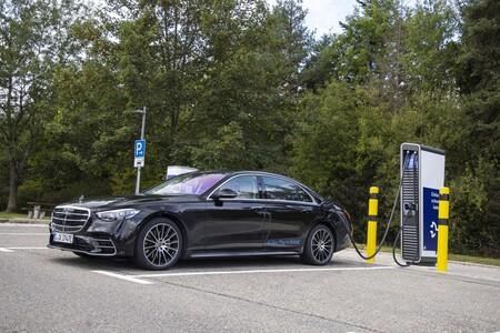 Mercedes Benz Clase S Phev Cargando Cargador