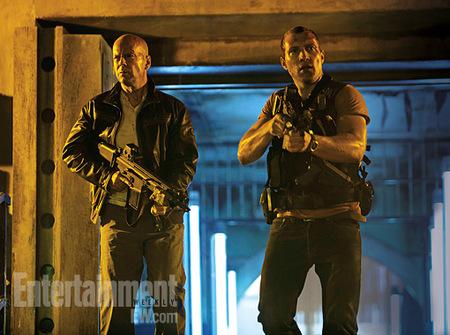 Bruce Willis y Jai Courtney en la primera imagen de La Jungla: Un Buen Día Para Morir