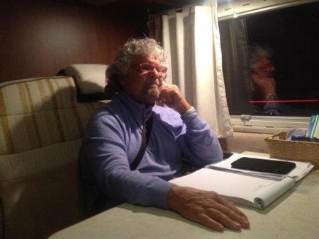 Beppe Grillo o el bloguero que revoluciona la política italiana