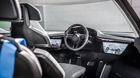 Porsche Vision Renndienst Interior 4