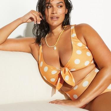 Ocho bikinis y bañadores de tallas grandes que sacan el mejor partido a tus curvas