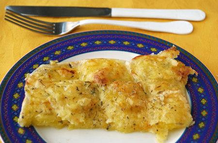 Receta de patatas a la provenzal gratinadas con queso gouda sin lactosa