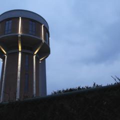 Foto 31 de 35 de la galería casas-poco-convencionales-vivir-en-una-torre-de-agua en Decoesfera