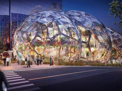 Las esferas futuristas de Amazon abren sus puertas y están listas para mezclar sus oficinas con un invernadero