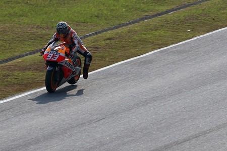Marc Márquez acaba el test de Sepang con la vuelta más rápida jamás dada al trazado