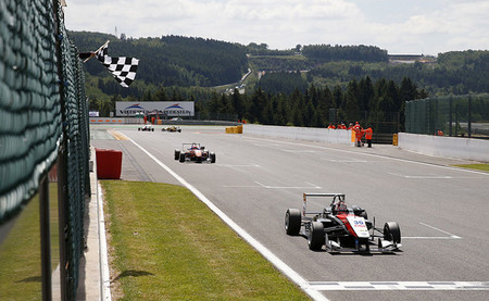 Max Verstappen, tres de tres en Spa-Francorchamps en el europeo de Fórmula 3