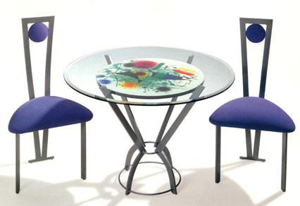Mesas llenas de color