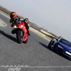 Foto 10 de 24 de la galería ducati-899-panigale-vs-audi-r8-v10-plus en Motorpasion Moto