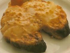 Croissants con peras gratinadas