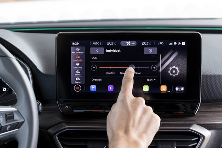 SEAT León 2020 pantalla