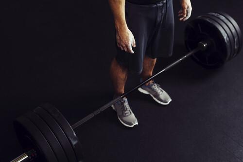 Si tienes una barra (y unos discos) tienes un entrenamiento completo para todos los grupos musculares
