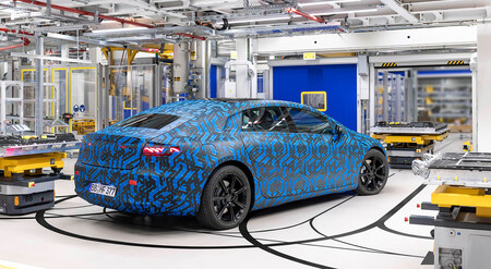 Mercedes EQS 2021 Factory 56