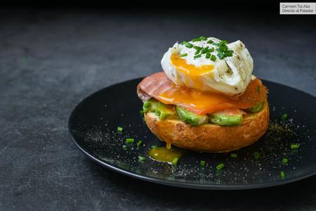 Huevos Benedict con salmón: la receta del brunch hipster por excelencia