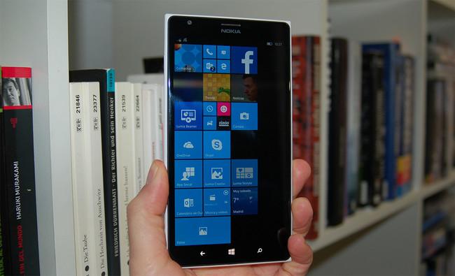 Un clavo más en la tumba de Windows 10 Mobile: Microsoft podría estar pensando el eliminarlo del Programa Insider