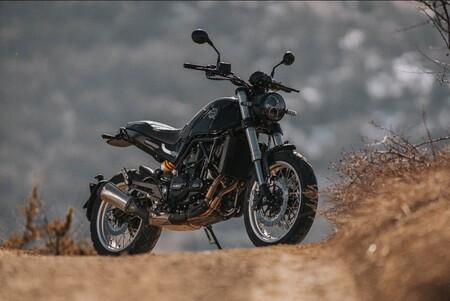 Benelli Leoncino 500: la moto mas personal de Benelli se hace Euro 5 y mantiene sus 46 CV, por menos de 6.000 euros