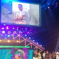 Teen Choice Awards 2015 | Ganadores: Paul Walker, Scott Eastwood y Cara Delevingne entre los premiados con tablas de surf