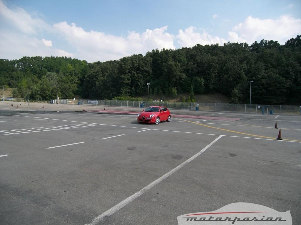 Foto de Alfa Mi.To, prueba en el circuito de Varano de Melegari (18/46)