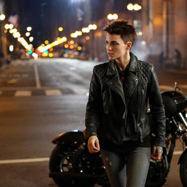 'Batwoman' y otras 24 series, películas y documentales más que se estrenan esta semana en Netflix, HBO, Movistar+ y Amazon (del 7 al 13 de octubre)